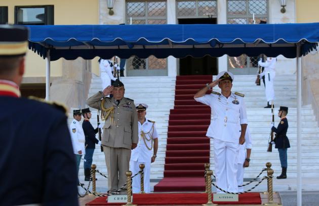 Ο Αρχηγός του Γενικού Επιτελείου  Ενόπλων Δυνάμεων του Ηνωμένου Βασιλείου στην Ελλάδα - ΦΩΤΟ