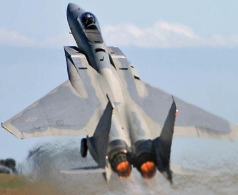 F 15 για την Ελλάδα; Οι ΗΠΑ δίνουν μεταχειρισμένα η Αθήνα `τολμά` να αποδεχτεί `προσφορά`;
