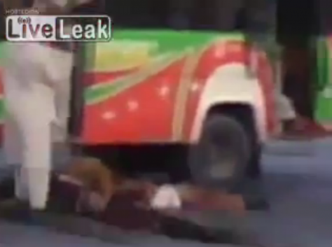 Βίντεο-σοκ από Αφγανιστάν! Εκτέλεσαν τους επιβάτες λεωφορείου,γιατί `δεν ήταν καλοί μουσουλμάνοι`