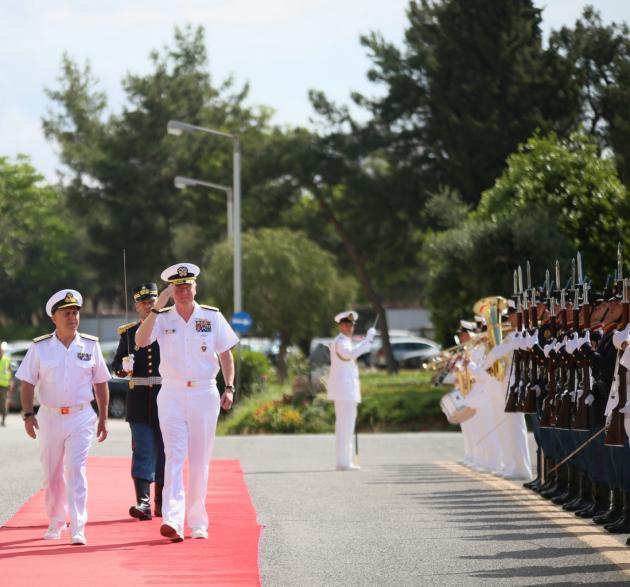 Στην Ελλάδα ο Αμερικανός Διοικητής ναυτικών δυνάμεων Ευρώπης και Αφρική - Τι συζήτησε με τον ΑΓΕΕΘΑ