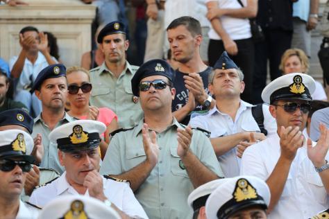 Ο Κωσταράκος κήρυξε πόλεμο κατά `συνδικαλιστών`. `Όποιος διαμαρτύρεται με στολή τιμωρείται`