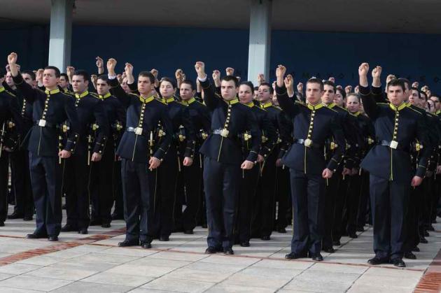 Αλλαγών στη στρατιωτική εκπαίδευση