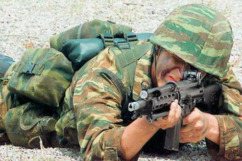 Ποιοι θα είναι οι μισθοί των στρατιωτικών μετά από τις περικοπές.Φιλοδώρημα!