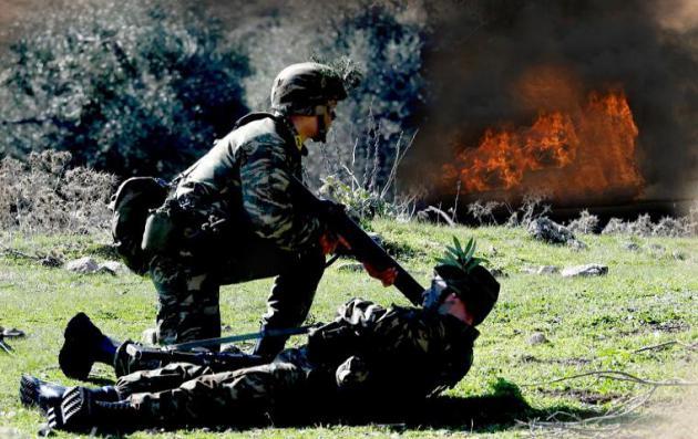 """ΓΕΣ: """"Φωτιά και ατσάλι"""" από τους μελλοντικούς ηγέτες του Στρατού Ξηράς - ΦΩΤΟ"""