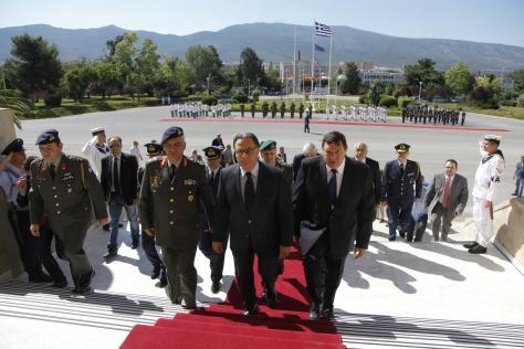"""Φράγκος:Έφυγε δίνοντας τη πρόταση των Επιτελείων για το μισθολόγιο και μίλησε για """"νεο-οθωμανισμό"""""""