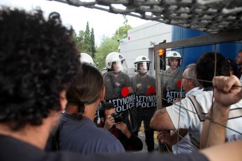 Έκτακτα μέτρα ασφαλείας σ΄ όλες τις μονάδες ζητά με σήμα του ο Α/ΓΕΕΘΑ Μ.Κωσταράκος