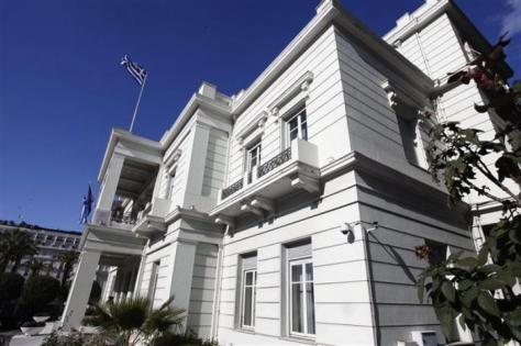 Πάρτι-χλιδής καταγγέλει επώνυμα διπλωματικός υπάλληλος! Αναφορά-σοκ