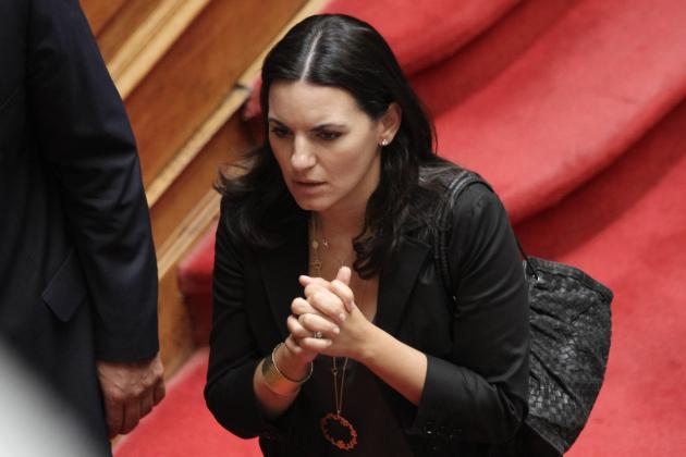 Η απόλυτη ξεφτίλα. Η Όλγα δίνει τις Ελληνικές μαρίνες στους Τούρκους