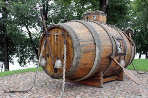 Το πρώτο ρωσικό υποβρύχιο ήταν βαρέλι!
