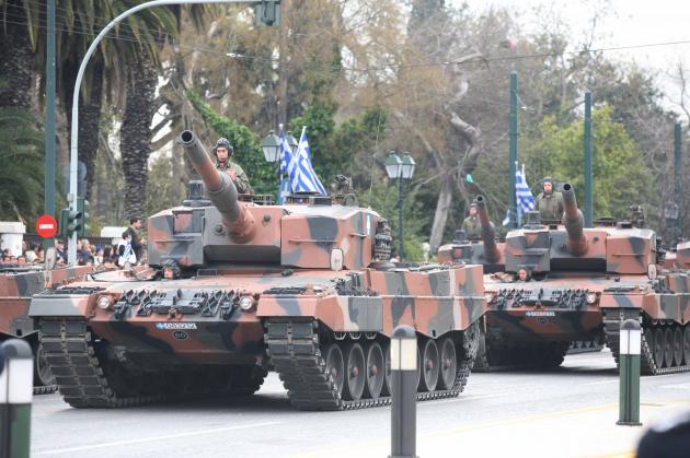 """""""Με δόξα τιμή"""" αλλά και έξοδα η παρέλαση στη Θεσσαλονίκη - Μεταφέρουν άρματα και από Ξάνθη!"""