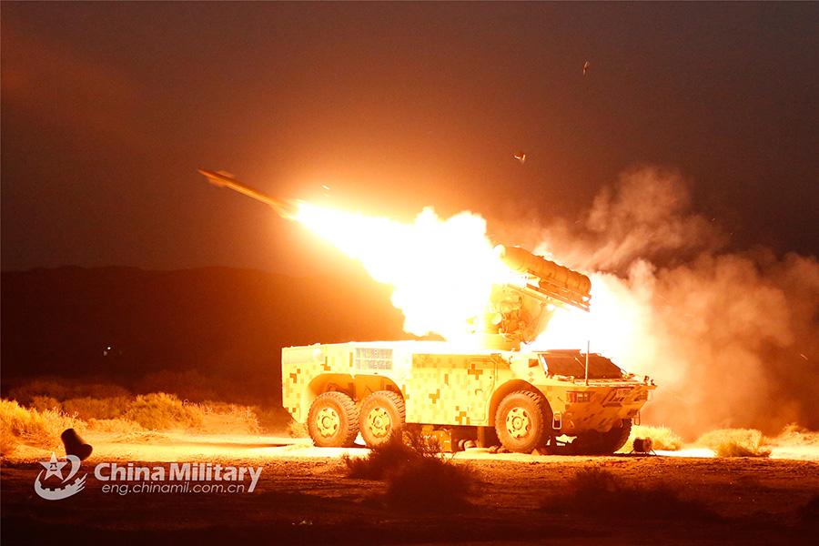 Η Κίνα έδειξε στους Αμερικανούς το όπλο που δεν αστοχεί σχεδόν ποτέ! Θα «σβήσει από το χάρτη» τα μαχητικά αεροσκάφη των ΗΠΑ... (ΦΩΤΟΓΡΑΦΙΕΣ)