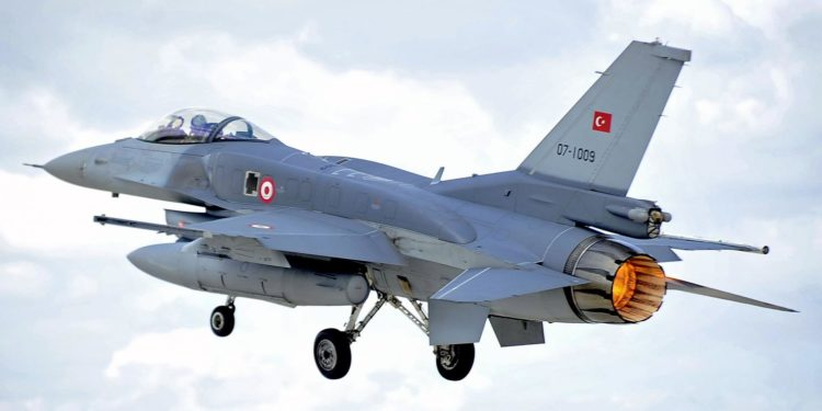 Αιγαίο: Τον…χαβά τους οι Τούρκοι με νέες παραβιάσεις και σήμερα