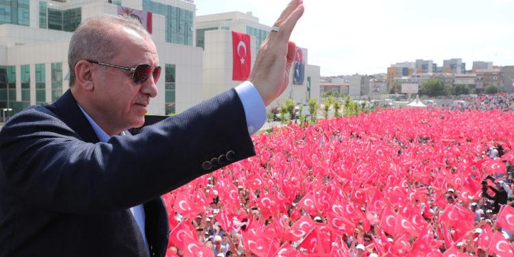 Ερντογάν: Καταψηφίστε τον Ιμάμογλου – Μην κάνετε τους Έλληνες να χαρούν