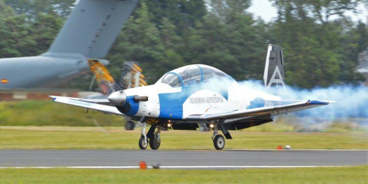 ΓΕΑ: Η ομάδα επιδείξεων της πολεμικής αεροπορίας εντυπωσίασε στην Αγγλία [pic]