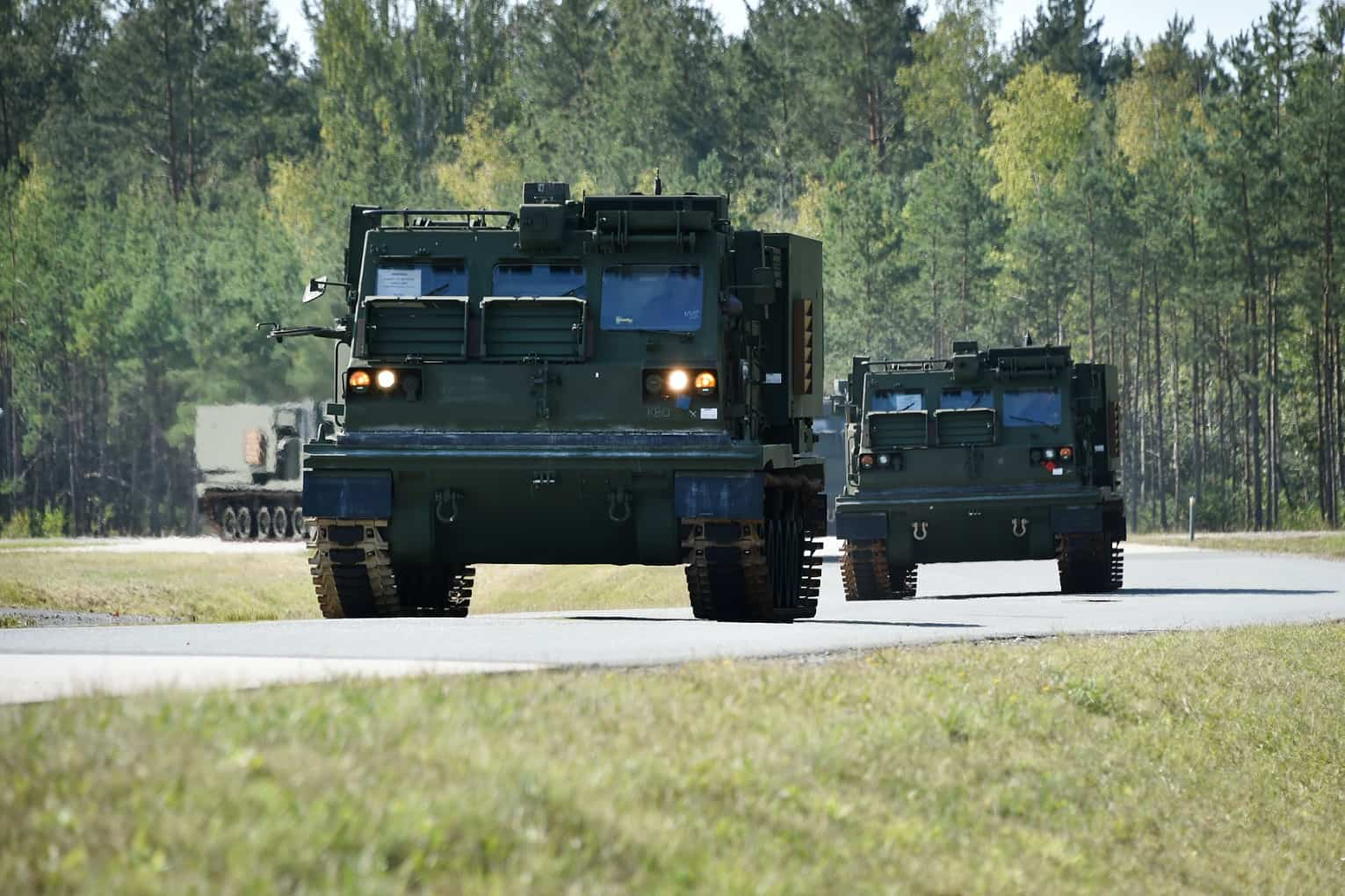 M270: Οι ΗΠΑ εξοπλίζουν με πυραυλικά συστήματα την Ευρώπη [pic]