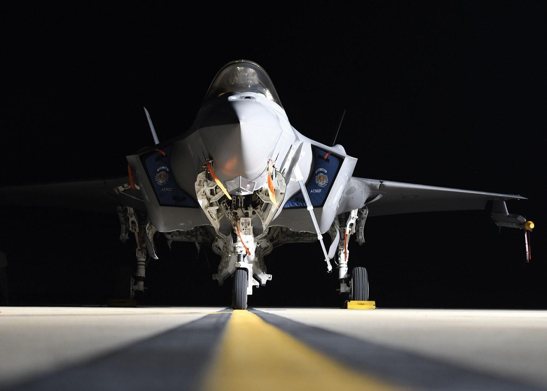 F-35: Το stealth μαχητικό γίνεται πιο φονικό – Παρθενική εκτόξευση πυραύλου AIM-9X