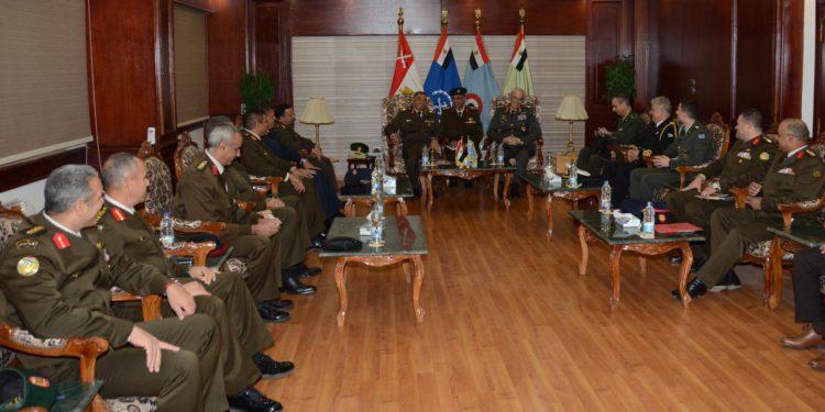 ΓΕΣ: Επίσημη επίσκεψη του Αρχηγού Καμπά στην Αίγυπτο [pics]