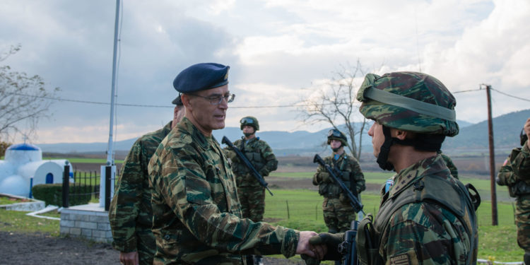 Κοινές δράσεις Στρατού – ΕΛΑΣ στη διαχείριση μεταναστευτικών ροών παρακολούθησε ο Αρχηγός ΓΕΣ