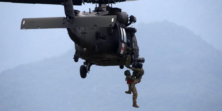 Έλληνες και Αμερικανοί «άνοιξαν πυρ» στο Λιτόχωρο: Εντυπωσιακές εικόνες από τη μεγάλη στρατιωτική άσκηση [pics]