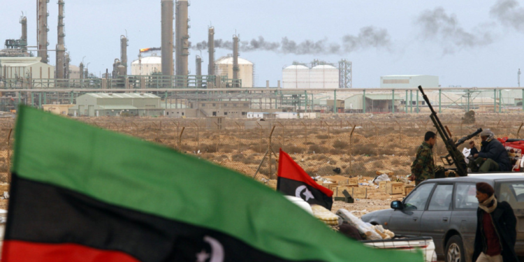 Ανατολική Λιβύη – ΥΠΕΞ: Ξεκινήσαμε συζητήσεις για χάραξη ΑΟΖ με την Ελλάδα