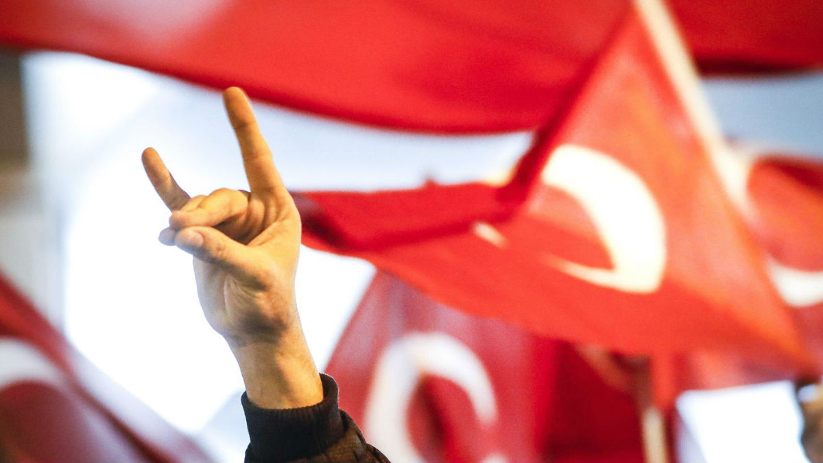 "H Τουρκία, οι ""Γκρίζοι Λύκοι"" και τα πλοκάμια τους σε όλη την Ευρώπη | OnAlert"