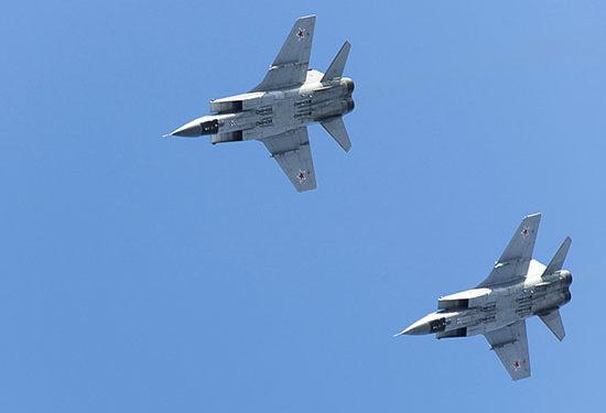 MiG-31: Τα μαχητικά του ρωσικού Πολεμικού Ναυτικού «έγραψαν ιστορία» στο Βόρειο Πόλο