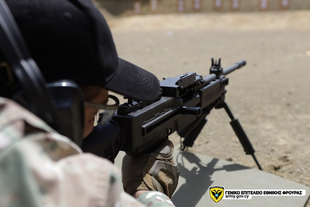 Εθνική Φρουρά: Εντυπωσιακές βολές με τυφέκια TAVOR και οπλοπολυβόλα NEGEV [pics]